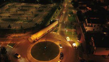 Pasquinelli trasporta gas drum da Treviso per spedizione sul Mar Artico